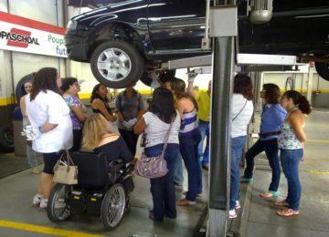 DPaschoal oferece curso de mecânica básica para mulheres