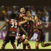Palmeiras vacila e Flamengo encosta na liderança do Brasileirão