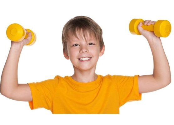 Crianças e musculação: uma parceria cheia de benefícios