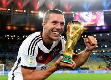 César Sacheto: A despedida do craque Podolski