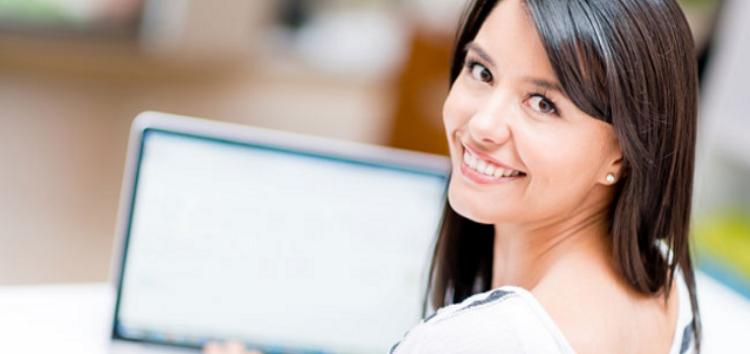 Delunna: Um curso técnico online pode formar um corretor?