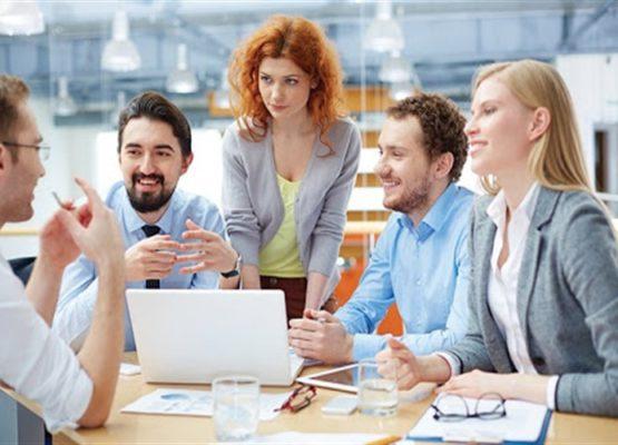 Delunna: Corretor de imóveis em reunião, como se portar?