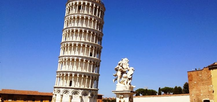 Rosangela Andrioli: A Torre de Pisa e seus mistérios