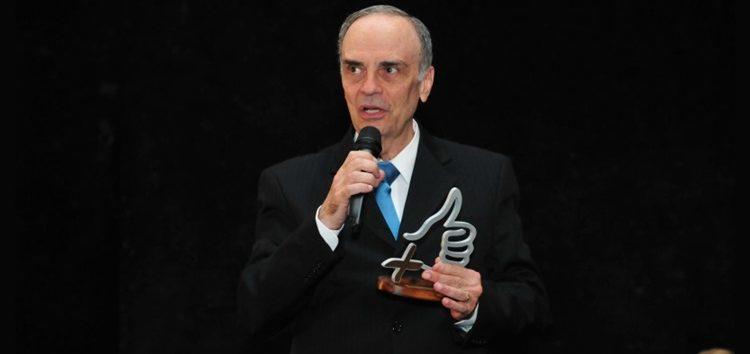 Fernando Calmon – Carros: Meio século na estrada