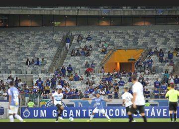 """Sacheto: Campeonato """"café com leite"""""""