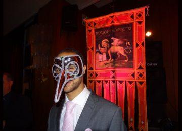 Ro Andrioli: Circolo Italiano em festa -Baile de Máscaras