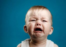 Flávia Andreoli: Por que os bebês choram?