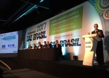 Fernando Calmon – Carros: Transição para o futuro