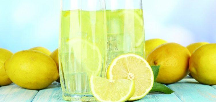 Gio Giacomini: 7 benefícios da água alcalina e como fazer
