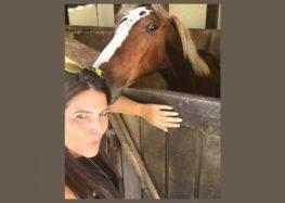 """Flávia Raucci estreia coluna """"Cavalos"""""""