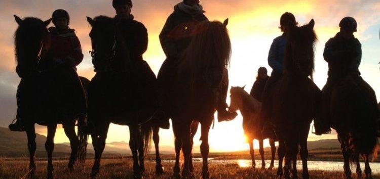 Flávia Raucci – Cavalgadas: fonte de saúde e prazer