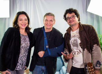 """""""Andreoli Entre Amigos"""" com Léo Maia e Luciana Liviero"""