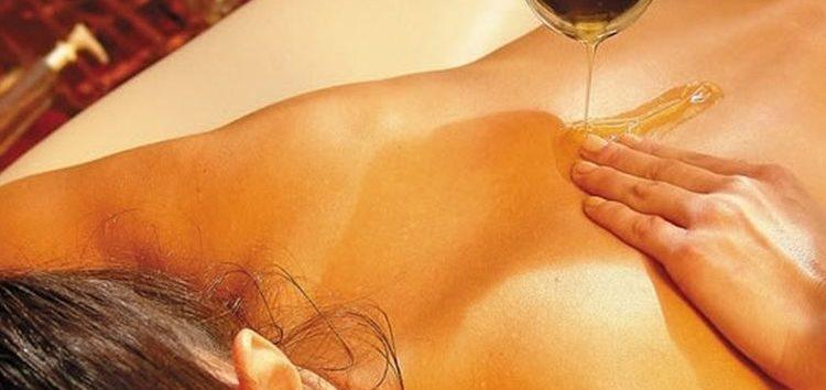 Vanessa Inhesta: Cosméticos sensuais