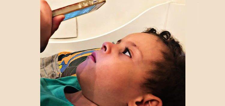 Luciane Trofino: Celulares, tablets X danos oculares e pediátricos