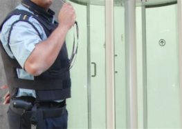 Lordello: Vigilante na calçada de condomínio inibe assalto?