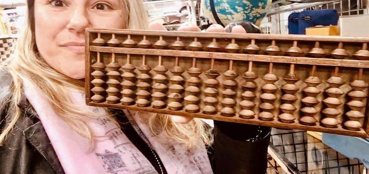 Márcia Sakumoto: Soroban, a arte nipônica de calcular