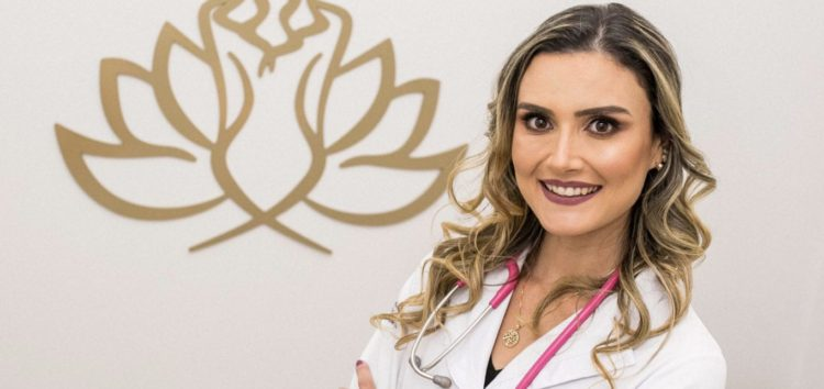 "Letícia Bellusci estreia coluna ""Fala Doutora"""