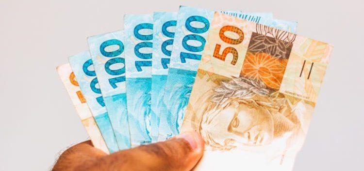 Regina Pitoscia: A reforma tributária vai mexer no seu bolso