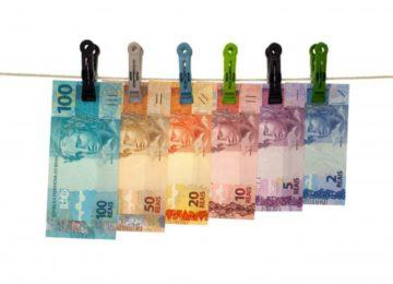 Regina Pitoscia: Você sabe quanto paga de tarifa ao seu banco? Precisa saber