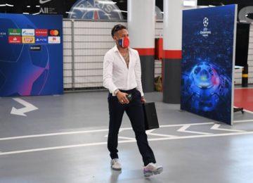 Paty Santos: Neymar: O mundo gira, o mundo é uma bola