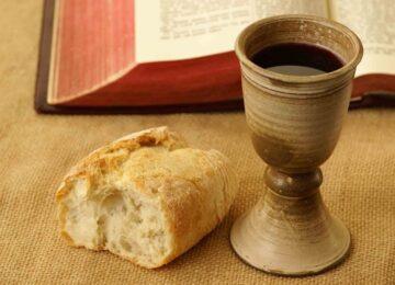 Iramaia Loiola: Querido Vinho nas missas.