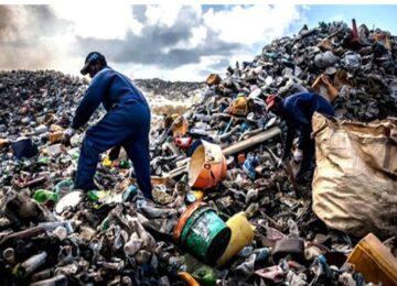 João Eduardo Dmitruk: A tecnologia no lixo.