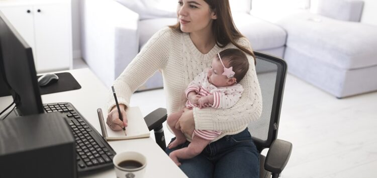 Fabíola Calixto: Mulher Mãe – Como se reinventar no mercado de trabalho em 2021 com o apoio das tecnologias?