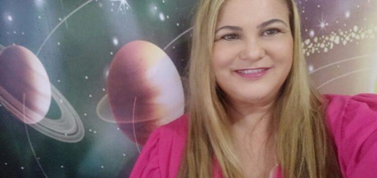 """Ana Lessa: Nova coluna """"Astrologia"""" -Terapia dos Astros – Apresentação"""