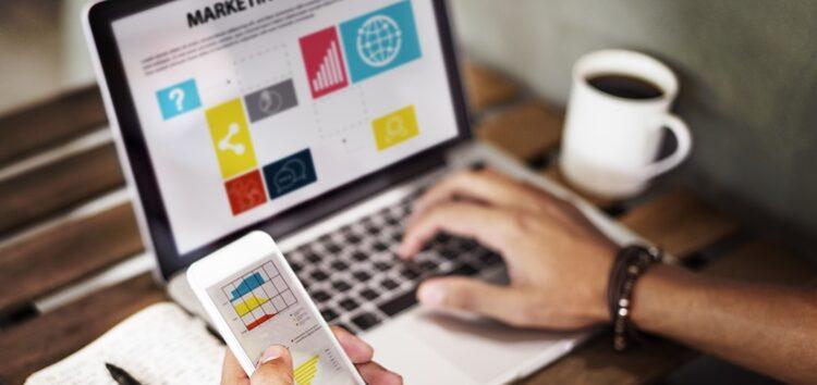 Fabíola Calixto: 4 etapas para obter um site lucrativo com sucesso