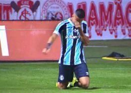 """Paty Santos: """"O futebol é meu remédio""""."""